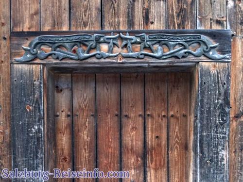 Keltisch - bajuwarische Verzierungen Türe Eingang
