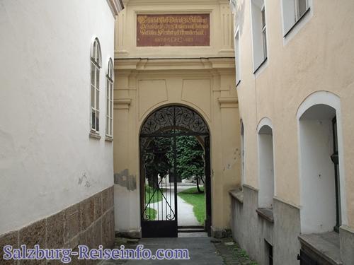 Sebastiansfriedhof Eingang Linzergasse