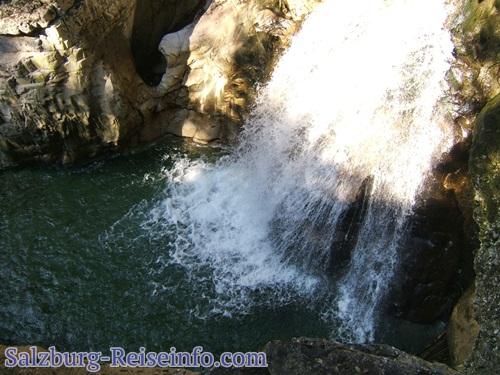 Taugl Wasserfall Höhle