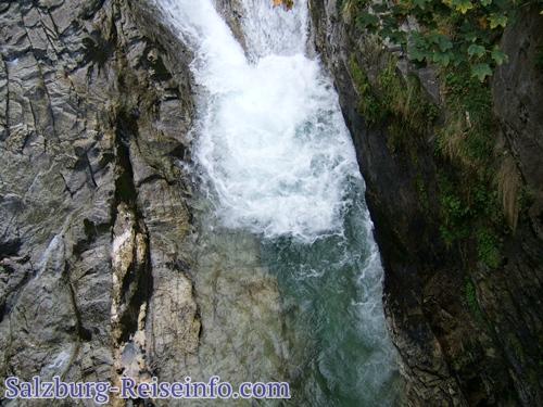 Frei Atmen in Gastein am Wasserfall