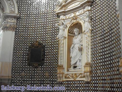 Innenansicht Mausoleum Wolf Dietrich
