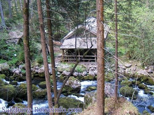 Mühlen am Schwarzbach in Golling