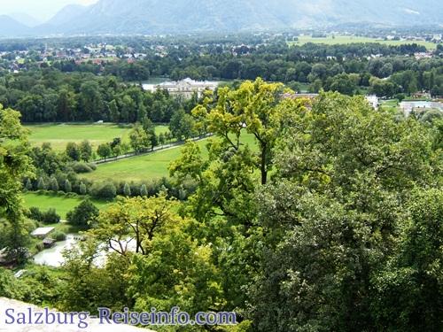 grünes Salzburg Blick auf Hotel Schloss Leopoldskron