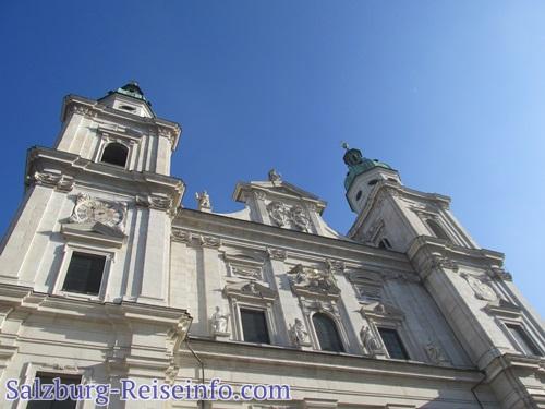 Bild Domfassade Salzburgs Topsehenswürdigkeit