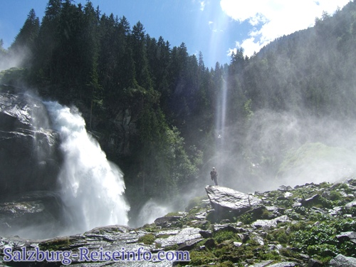 Talstation beim Wasserfall