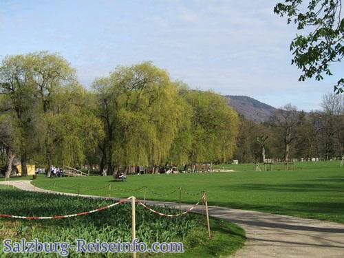 Großer Spielplatz in Hellbrunn